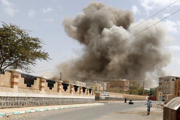 По тюрьме в Йемене нанесли авиаудар.