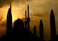 Вторая мечеть, построенная на земле. Где она находится?