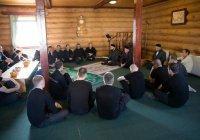 Муфтий Татарстана встретился с осужденными в Пестрецах