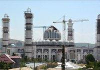 В Таджикистане завершается строительство самой большой в Центральной Азии мечети