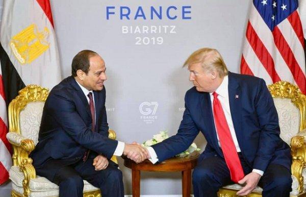 Президенты Египта и США на встрече на полях саммита G7.