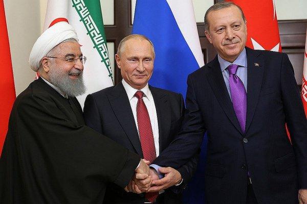 Лидеры России, Ирана и Турции обсудили Сирию.
