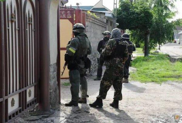 Контртеррористическую операцию провели в КБР.