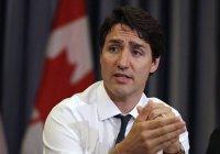 Премьер Канады извинился скандальное за фото после обвинений в расизме