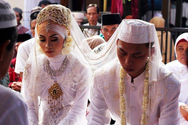 Жительницы Индонезии смогут выходить замуж только по достижении 19-летнего возраста.