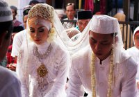 В Индонезии запретили замужество девушкам младше 19 лет