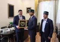 Глава Управления по исламским делам и пожертвованиям ОАЭ посетил РИИ