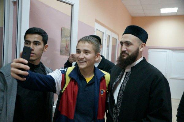 Встреча муфтия РТ с молодежью