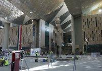 У пирамид Гизы завершается строительство Большого музея