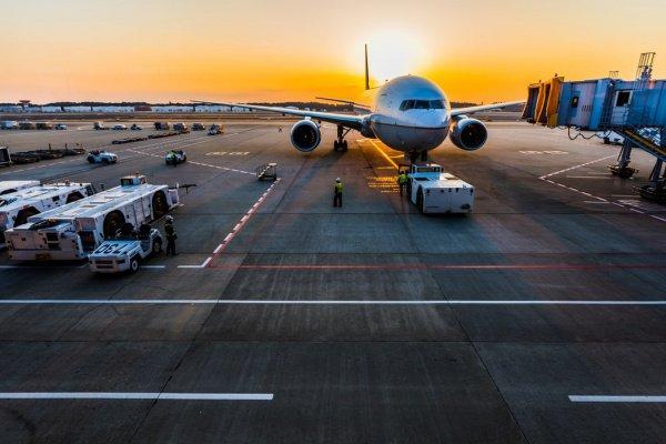 Проектная пропускная способность аэропорта — 72 млн. пассажиров и 2 млн. тонн грузов в год