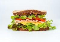 Раскрыт секрет похудения на бутербродах с колбасой
