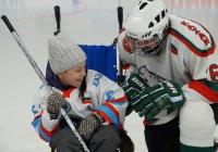 Муфтий Татарстана сыграл в благотворительный хоккей с детьми