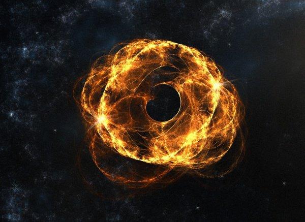 В соответствии с данными НАСА, черная дыра имеет сильную гравитацию (даже вне горизонта событий), искажающую свет, исходящий из разных частей окружающего диска