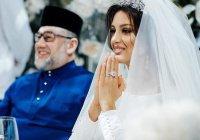 СМИ сообщили причину развода экс-короля Малайзии с россиянкой