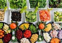 Выяснилось, сколько еды россияне выбрасывают ежегодно