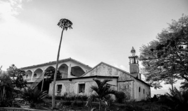 Старейшая мечеть Франции будет отреставрирована.