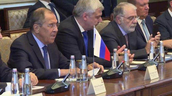 Сергей Лавров на встрече с руководством автономии.