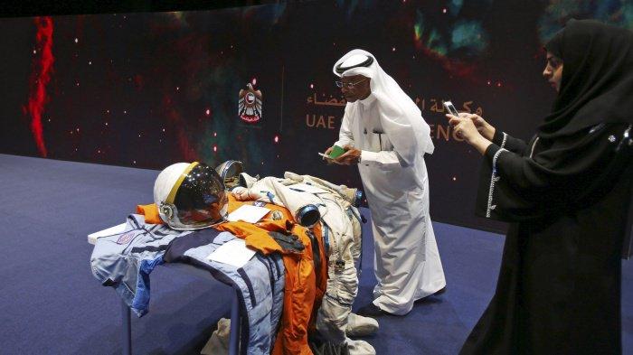 4 тысячи жителей ОАЭ захотели стать космонавтами.