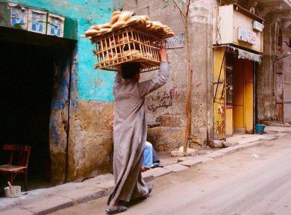 Доставка хлеба в Каире