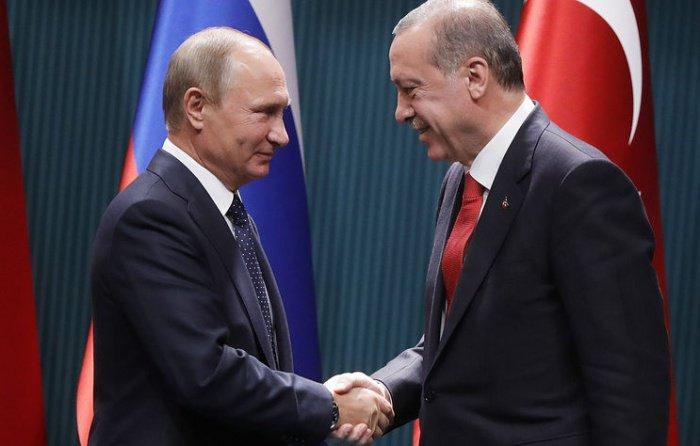 Российский и турецкий лидеры обсудили Сирию.