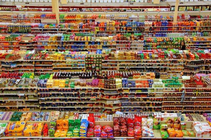 Еда быстрого приготовления, говорят специалисты, загрязнена веществами, содержащимися в упаковках