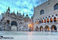 Как в венецианской готике появились исламские мотивы?