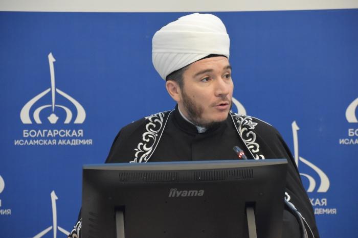 Заместитель муфтия РТ Ильфар хазрат Хасанов