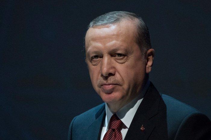 В Кремле не исключили скорого визита Эрдогана в Россию.