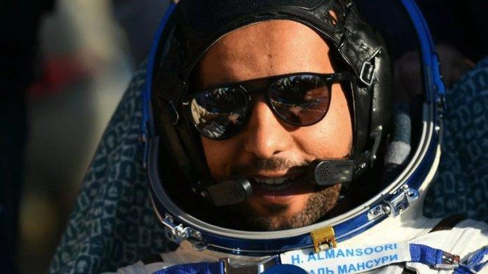 Хазза аль-Мансури вернулся с МКС 3 октября.