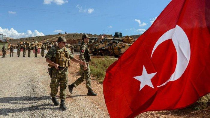 На северо-востоке Сирии продолжается турецкая военная операция.