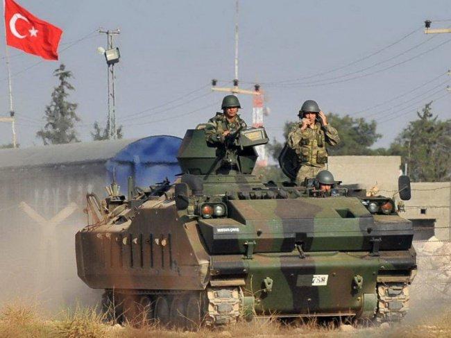 Турция приостановит военную операцию в Сирии.