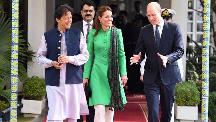 Принц Уильям и Кейт Миддлтон посетили одну из крупнейших мечетей мира (Фото)