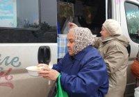 БФ «Закят» продолжает раздавать в Казани благотворительные обеды
