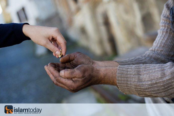 Милостыня считается имуществом, которое сохраняется навечно. (Источник фото: hiamag.com)