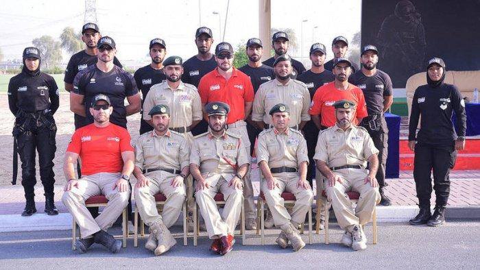 Фото с церемонии вручения дипломов отряду снайперов.