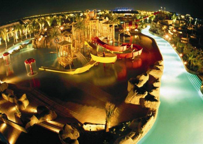 Самый высокий фонтан, самый большой аквапарк и самые быстрые американские горки. Рекорды КСА