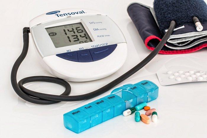 Названо идеальное время для приема препаратов от повышенного давления