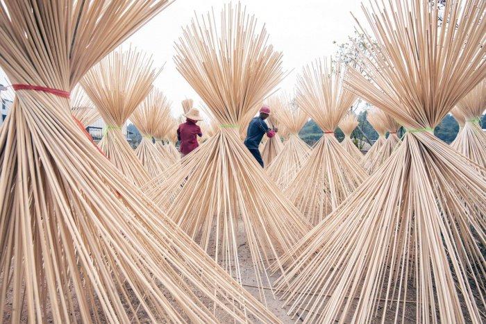 Китай - крупнейший производитель одноразовых палочек для еды.