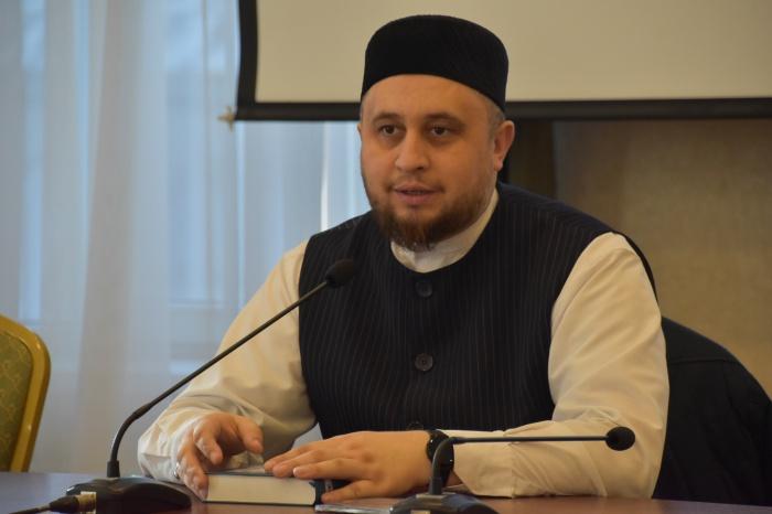«Школа одного дня»: в Казани стартовал интенсив по обучению основам Ислама (ФОТО)