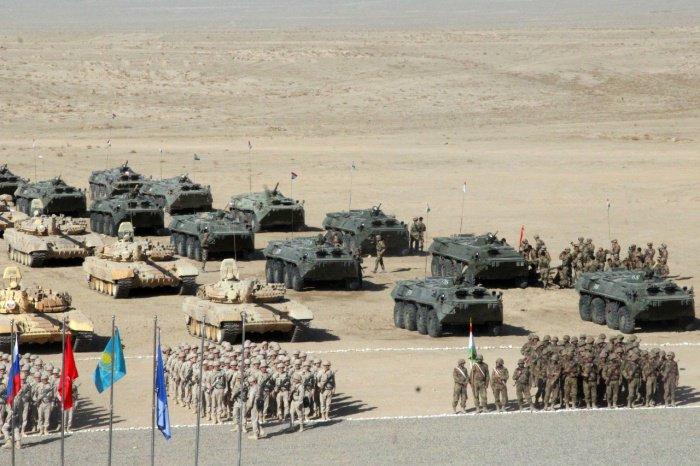 Военные стран ОДКБ отработают миротворческую операцию