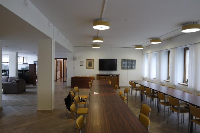 Зал торжеств в здании татарской общины в Хельсинки. Здесь община проводит традиционные чаепития после намазов и бракосочетания