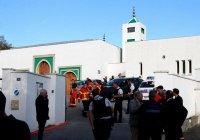 Пожилой мужчина расстрелял прихожан мечети во Франции