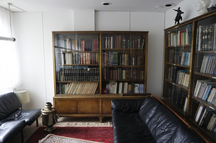 Библиотека в здании татарской общины