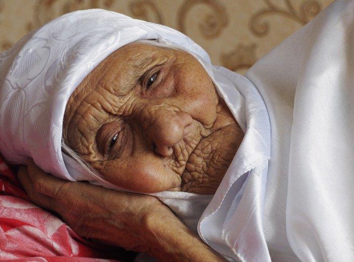 С января нынешнего года женщина считалась самым пожилым в мире человеком, запись о ней хранится в Книге рекордов России (Фото: Дмитрий Рогулин/ТАСС)