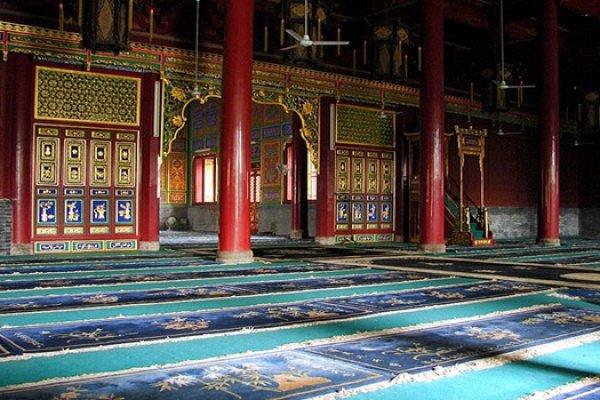 В Китае нашли мечеть, на стенах которой вырезаны все суры Корана (Фото)