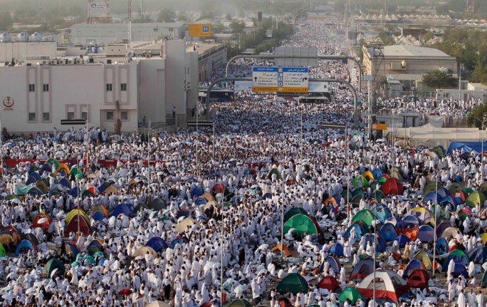 Вы еще не видели столько мусульман в одном месте (Фото)