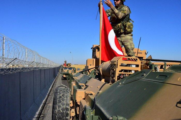 Турецкие войска начали операцию против РПК в Ираке.