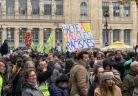 Тысячи парижан вышли на марш против исламофобии