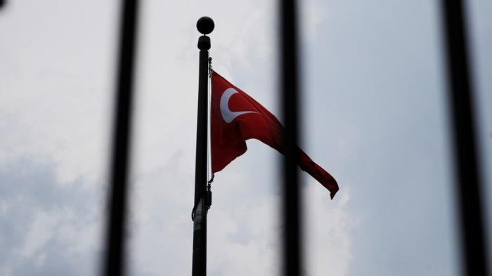 Власти Турции начали депортацию боевиков ИГИЛ.