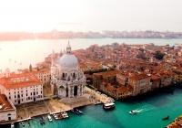 В Венеции уровень воды достиг критической отметки